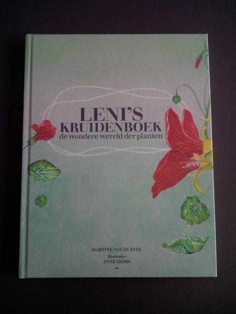 voorzijde van Leni's kruidenboek